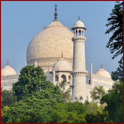 Taj Mahal on the banks of the Yamuna river, Agra